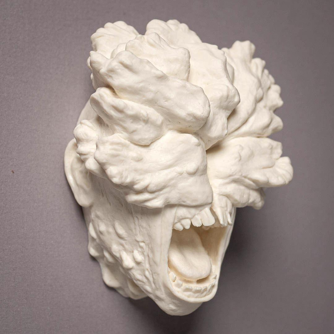 the-last-of-us-clicker-magnet-sculpt-unpainted-resin-cast.jpg