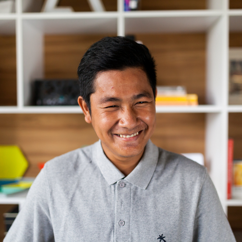 Yi   Yi is a lover of all things green. He ensures all the Raintree plants are thriving and keeps them in tip-top evergreen condition. He also supports the operations team with building maintenance, both inside and out, as well as being the most reliable stand-by for event logistics. He dreams of being a global football superstar (in video games) although he also spends most of his weekends playing real football on the field.