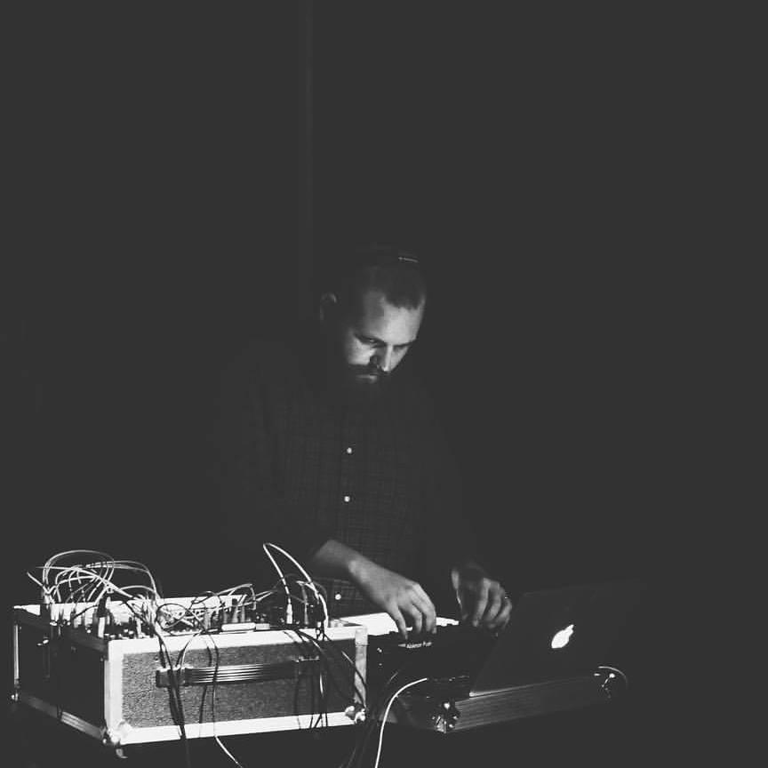 Powwow Spotlight - Live modular computer music