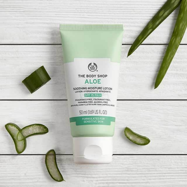 ALOE SOOTHING MOISTURE LOTION SPF 15 , £14