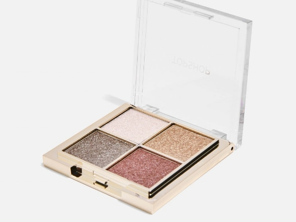 LIMITED EDITION GLITTER EYESHADOW PALETTE IN VIRTUAL REALITY,  £15