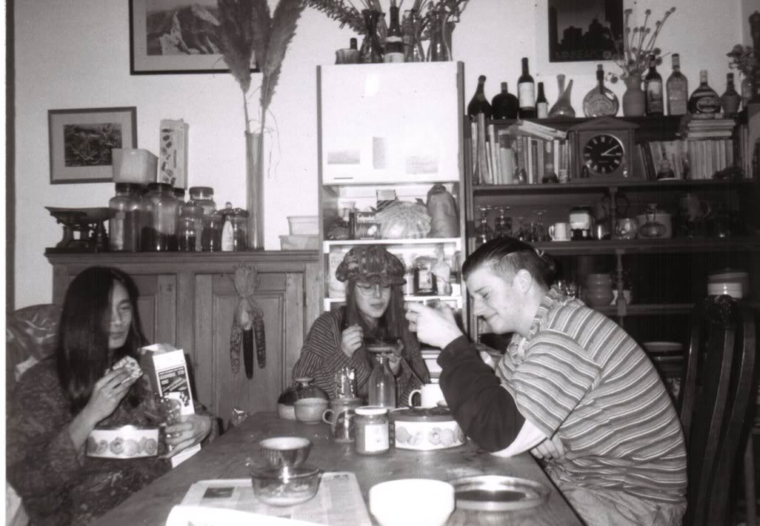 Pete at 16 in some girls house eating her dads food
