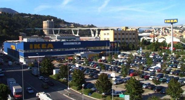 Ikea Genoa - Very sad to say that the bridge in the background is indeed the one which collapsed the other day
