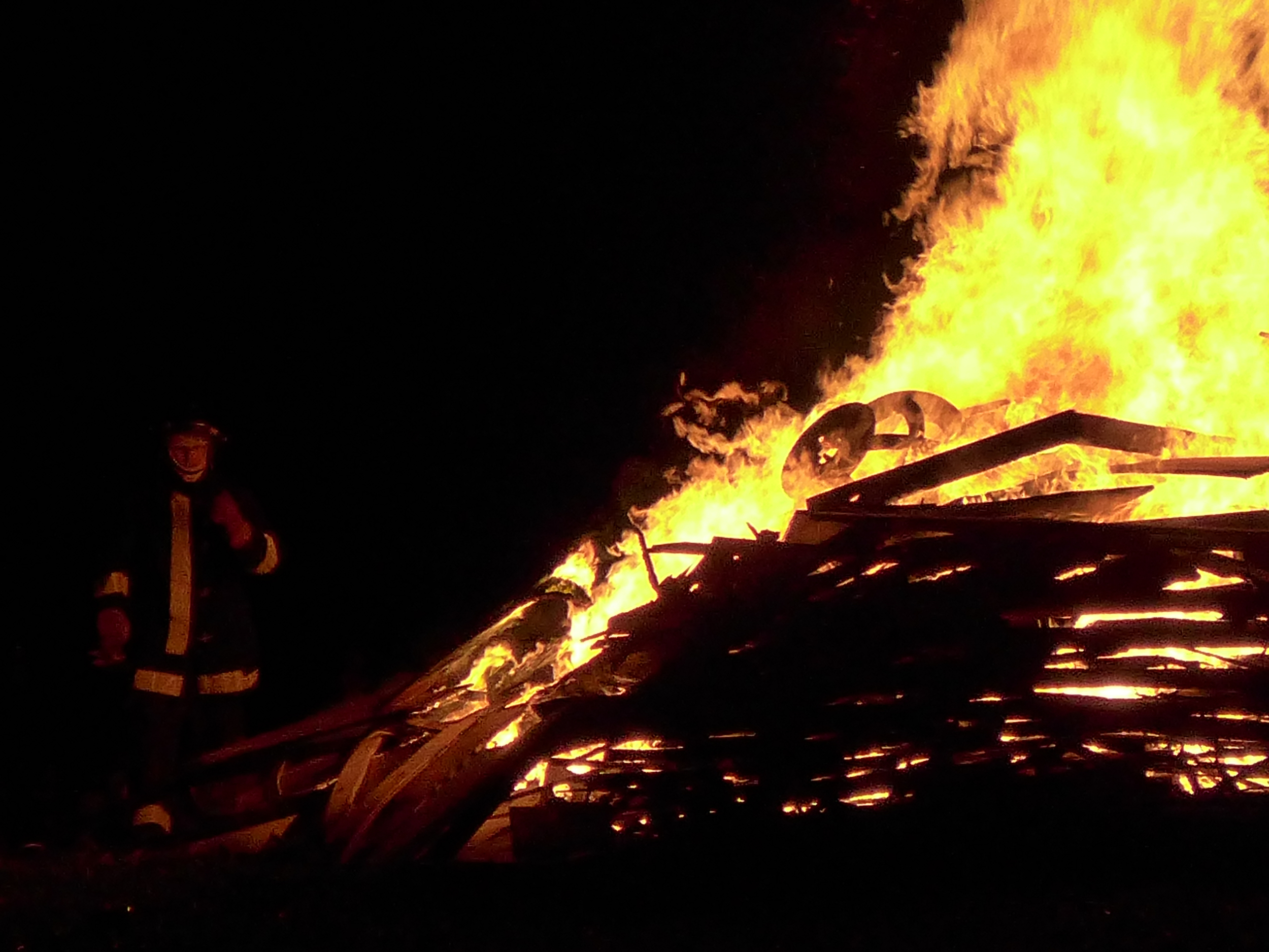 Effigy burn, Mosaic 2015