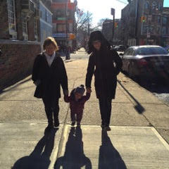Linda and her daughter, Laura and granddaughter Ellie.
