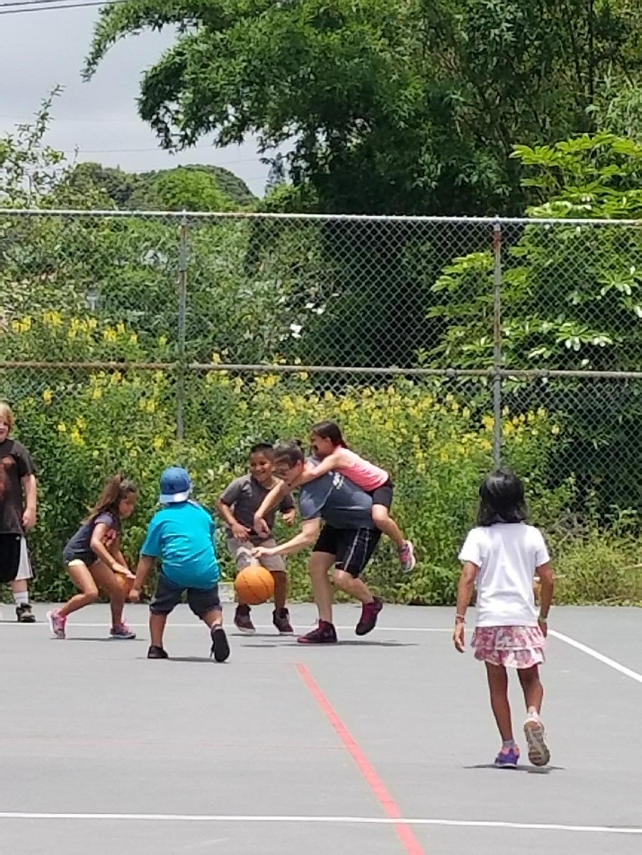 Basketball girl on back.JPG