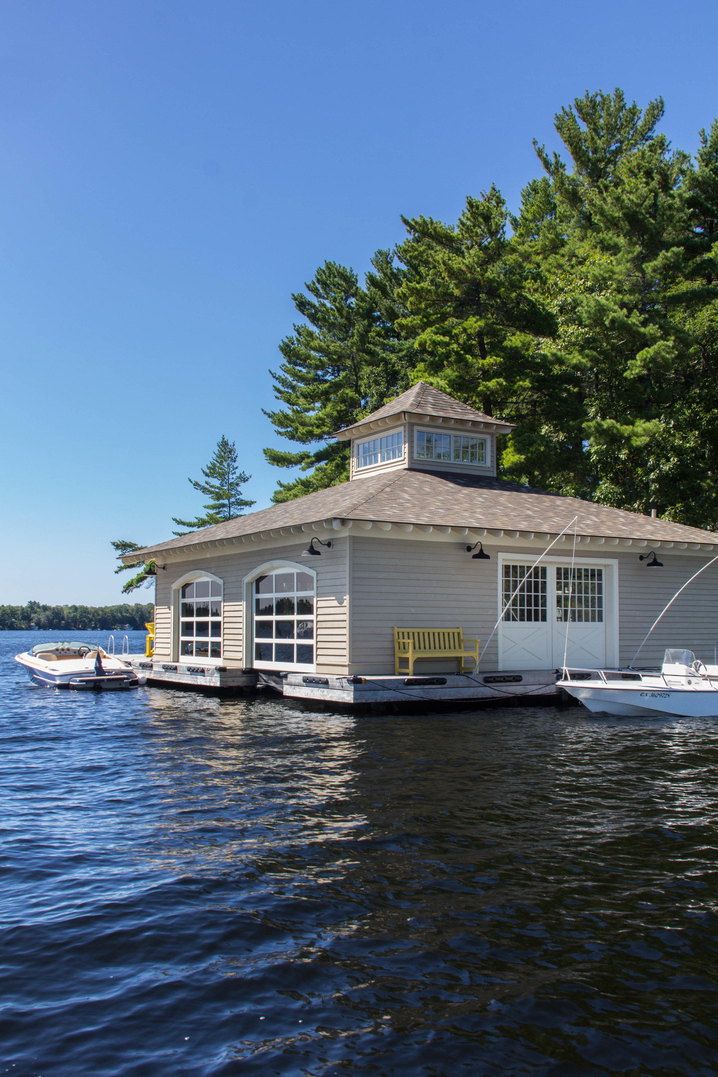 muskoka traditional boathouse - EXPLORE