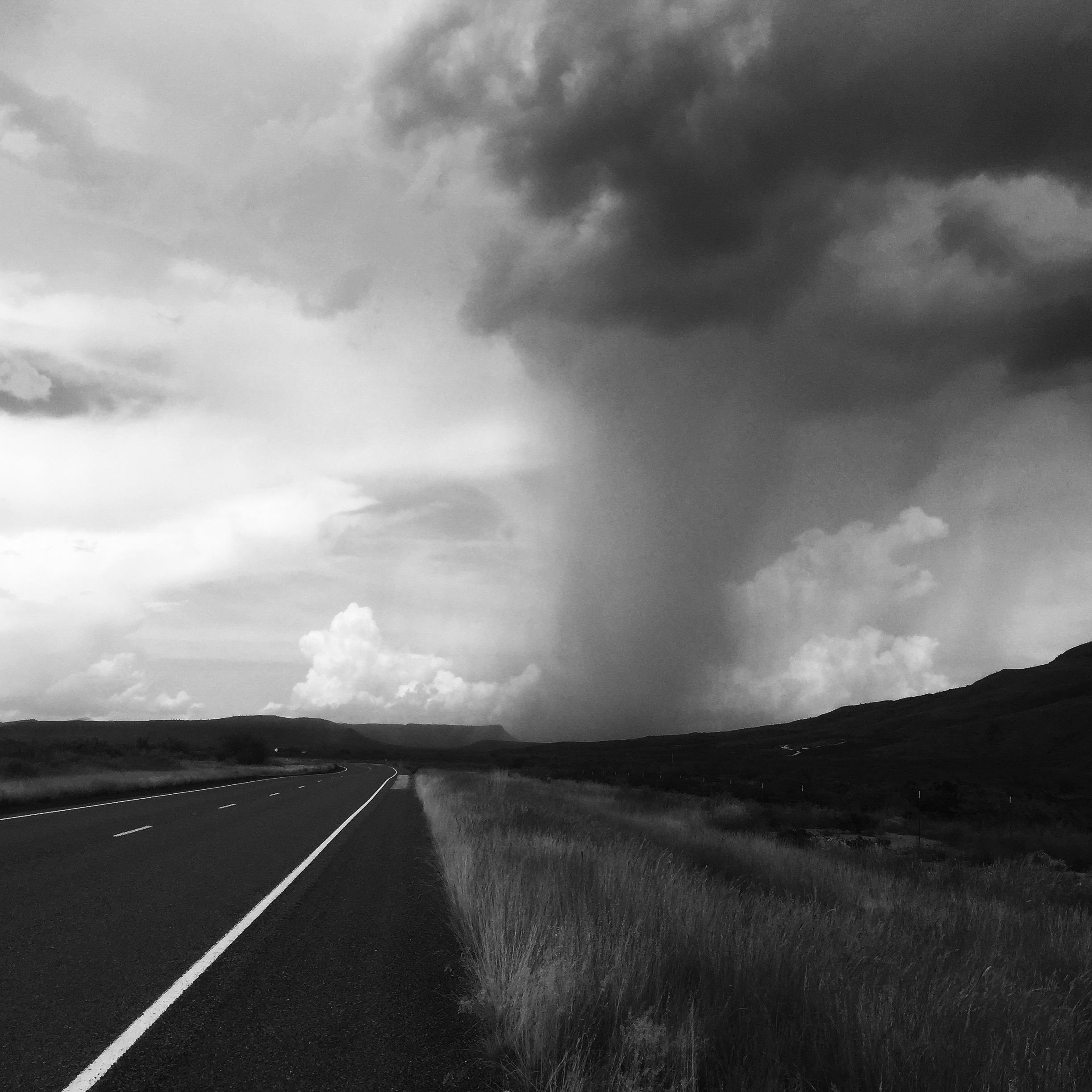 A storm rolls past us on the trip. (Source: Jonathon M. Seidl)