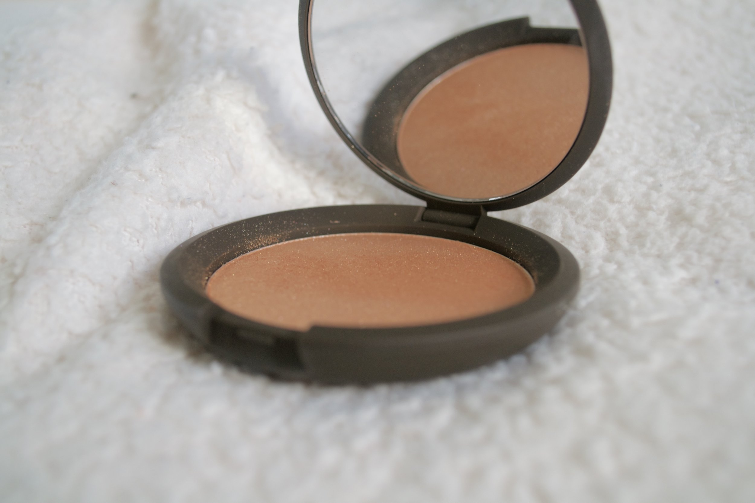 becca jaclyn hill highlighter