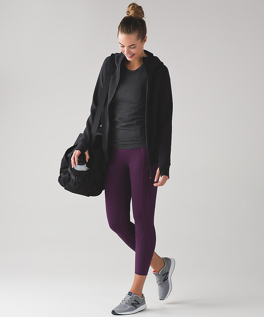 Pic via  Lululemon