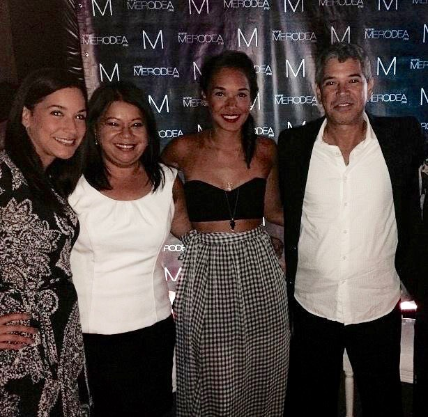 Melissa with her parents and sister in the Merodea.me launching party. (Pic provided by Melisssa)