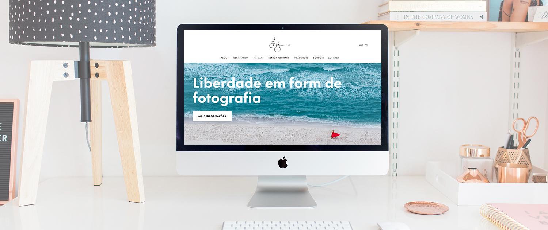 Bilingual photographer Squarespace website design