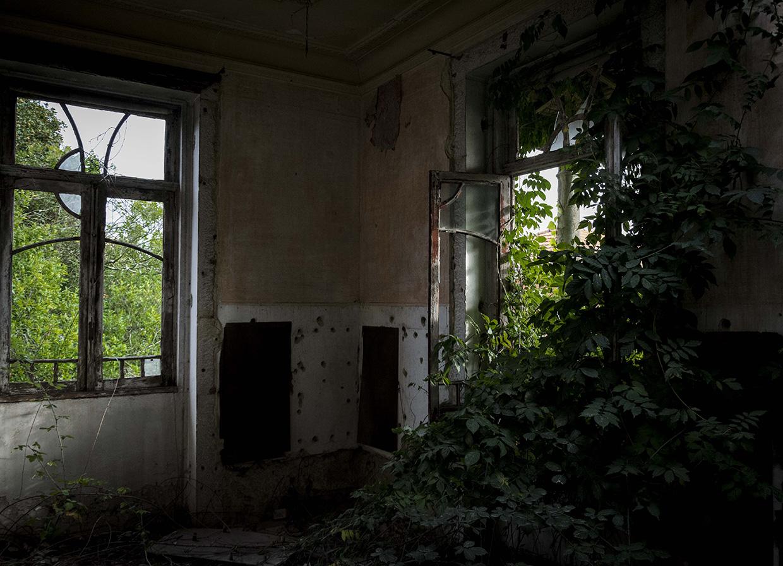 abandoned_05.jpg