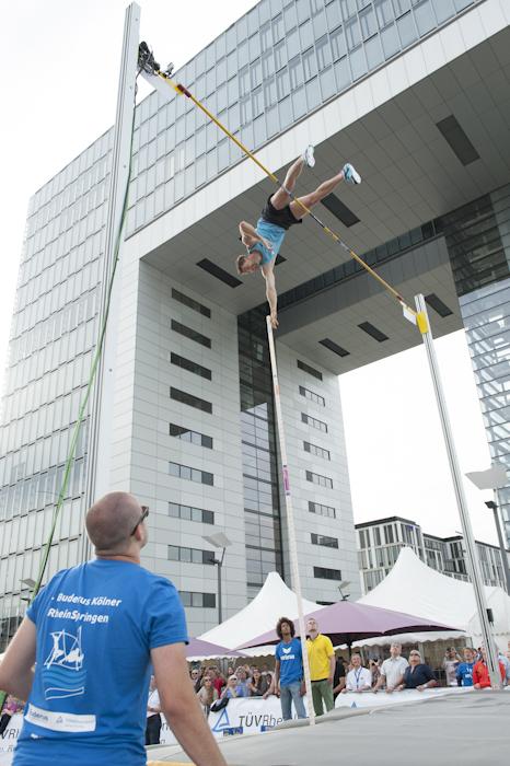 Bj+Ârn Otto 5,80 m Cologne GER Foto Nadine Prei+ƒ.jpg