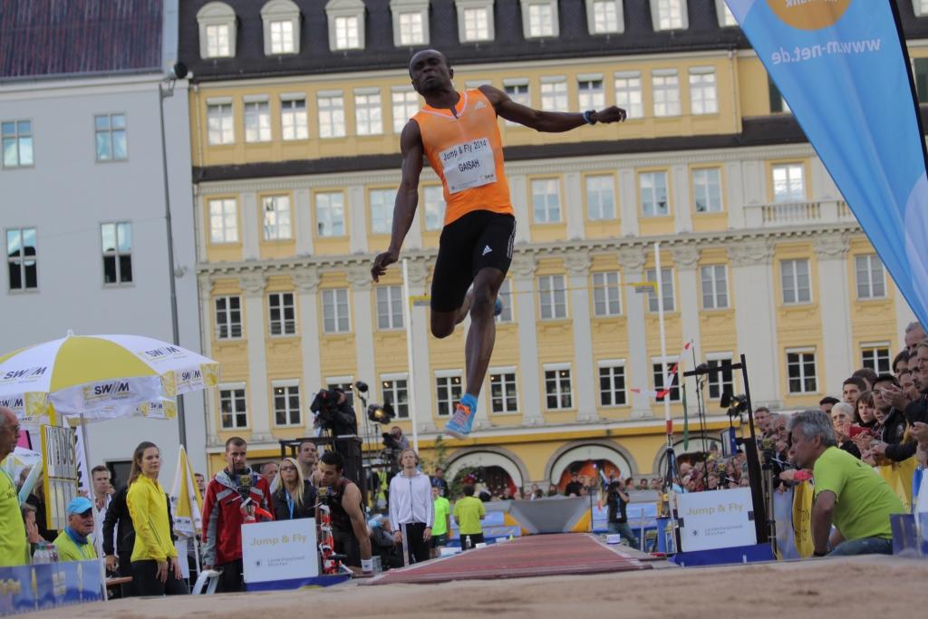 Jump_and_Fly_Munich_Gaisah_by_Christian_Walter.JPG