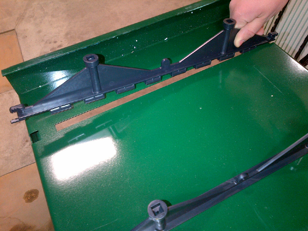 One-Jig easily aligns attachment points with pre-drilled holes in provided form-ply