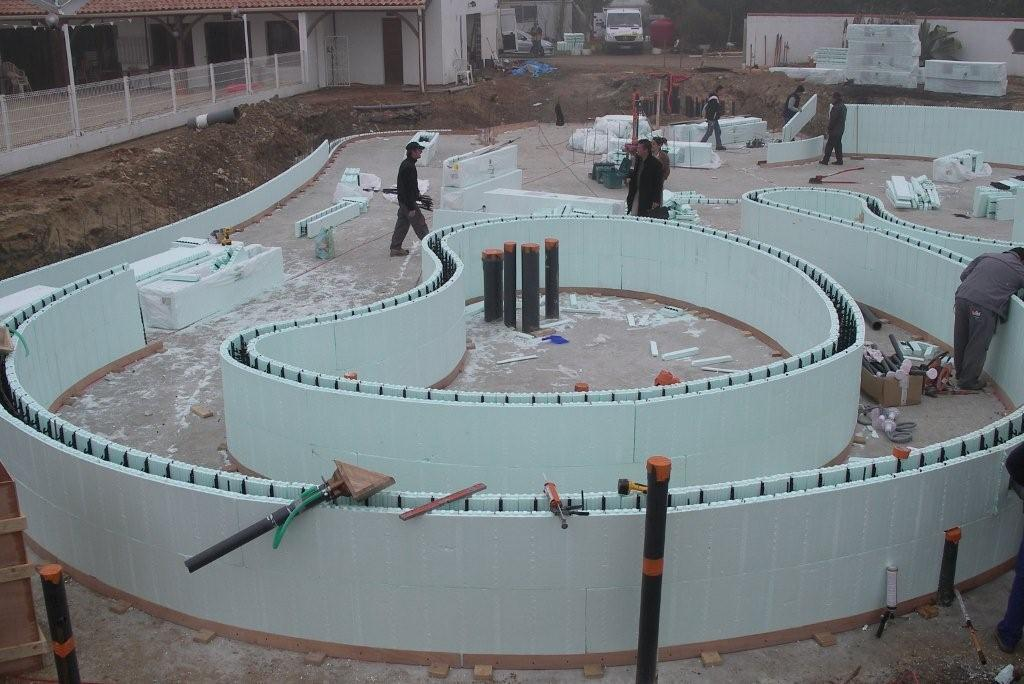ICF Swimming Pool using NUDURA Radius Forms - results in strong and well-insulated pool