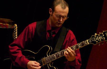 Eric-Giribaldi-guitar-teacher-near-winchester-ma.jpg