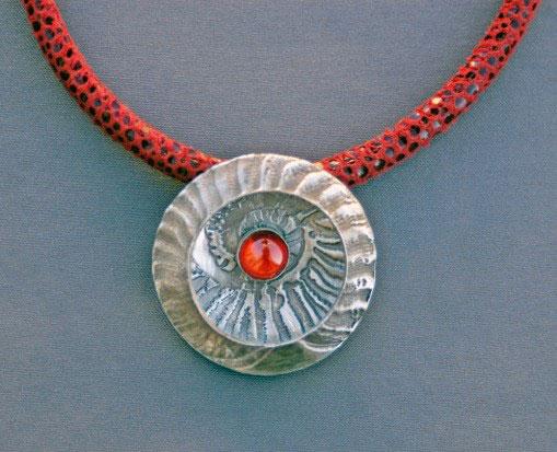 Mirinda Kossoff,  Necklace
