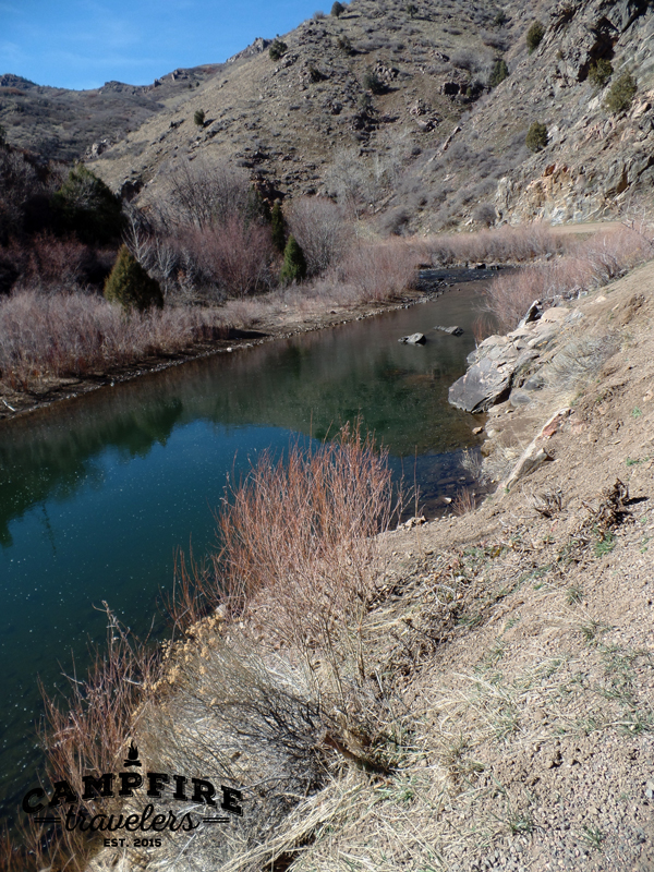 Campfire Travelers - Waterton Canyon day hike