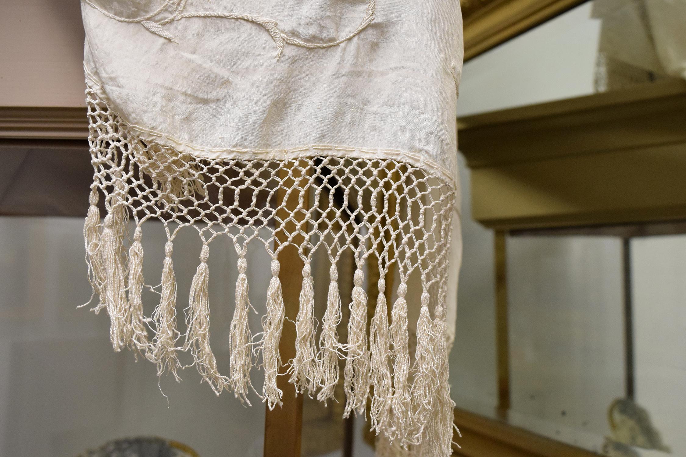 cloth1.jpg