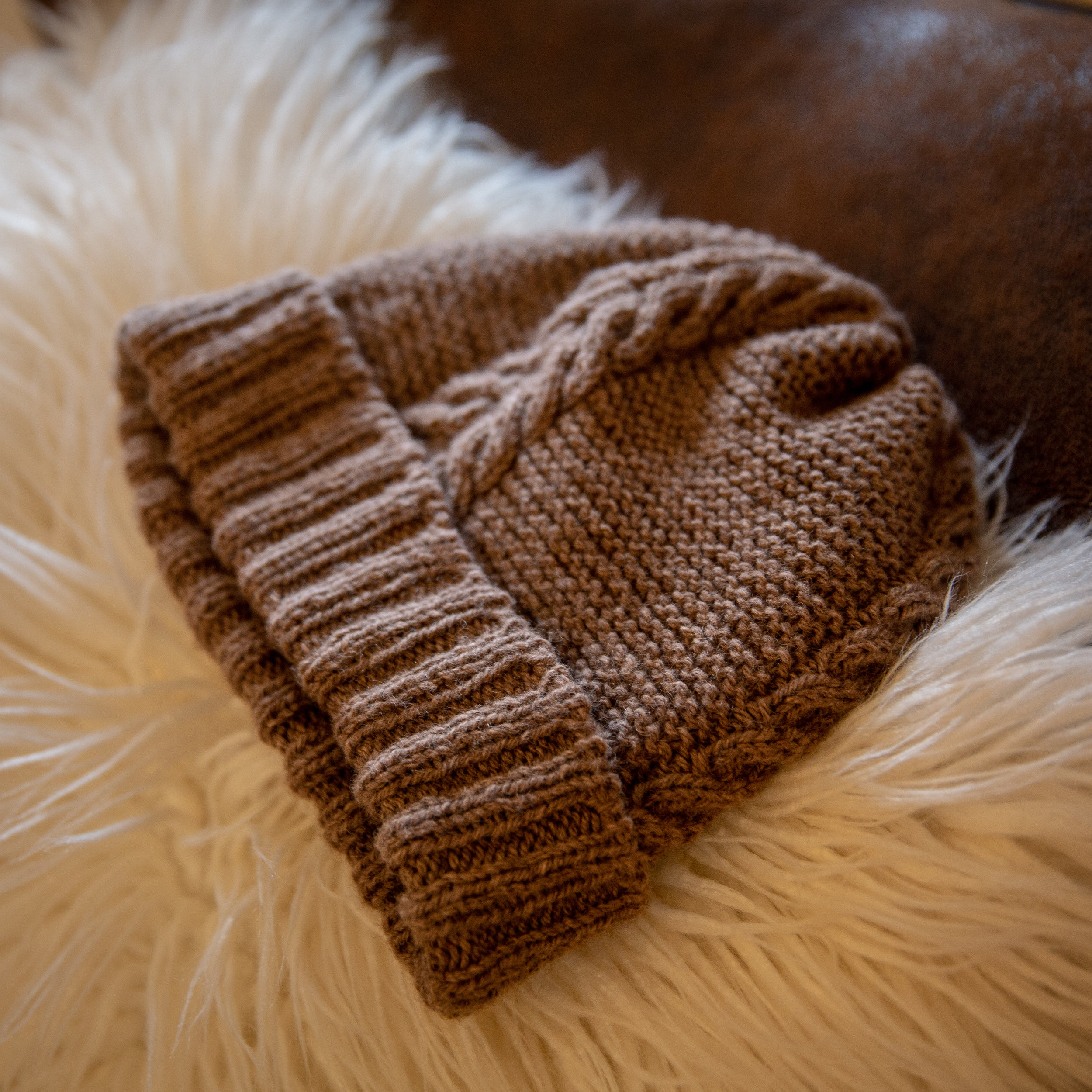 """Lombard Street is made in mYak's Baby Yak Medium, in """"Canyon,"""" the undyed natural colorway."""