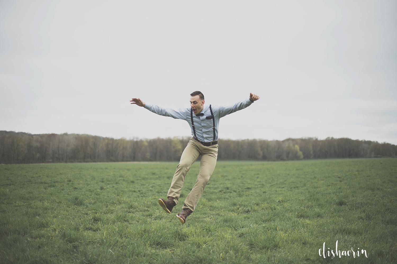 groom-jumping