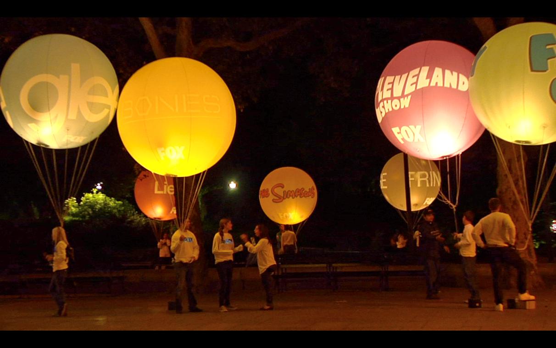 illuminated ad balloons