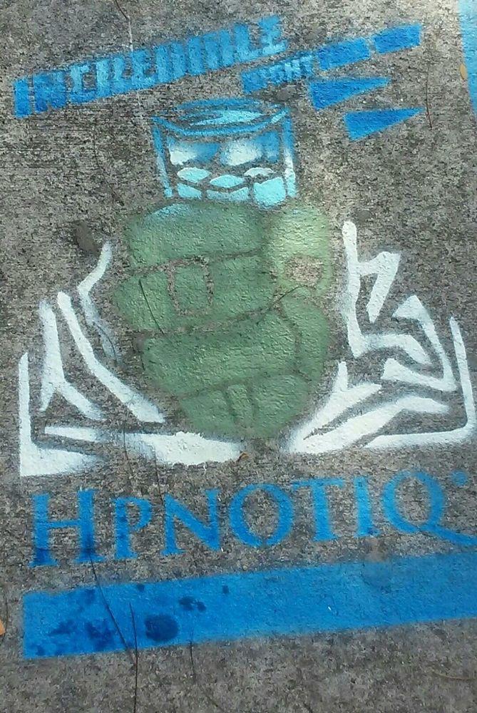 Massivemedia sidewalk-chalk-tagging-advertising.jpg