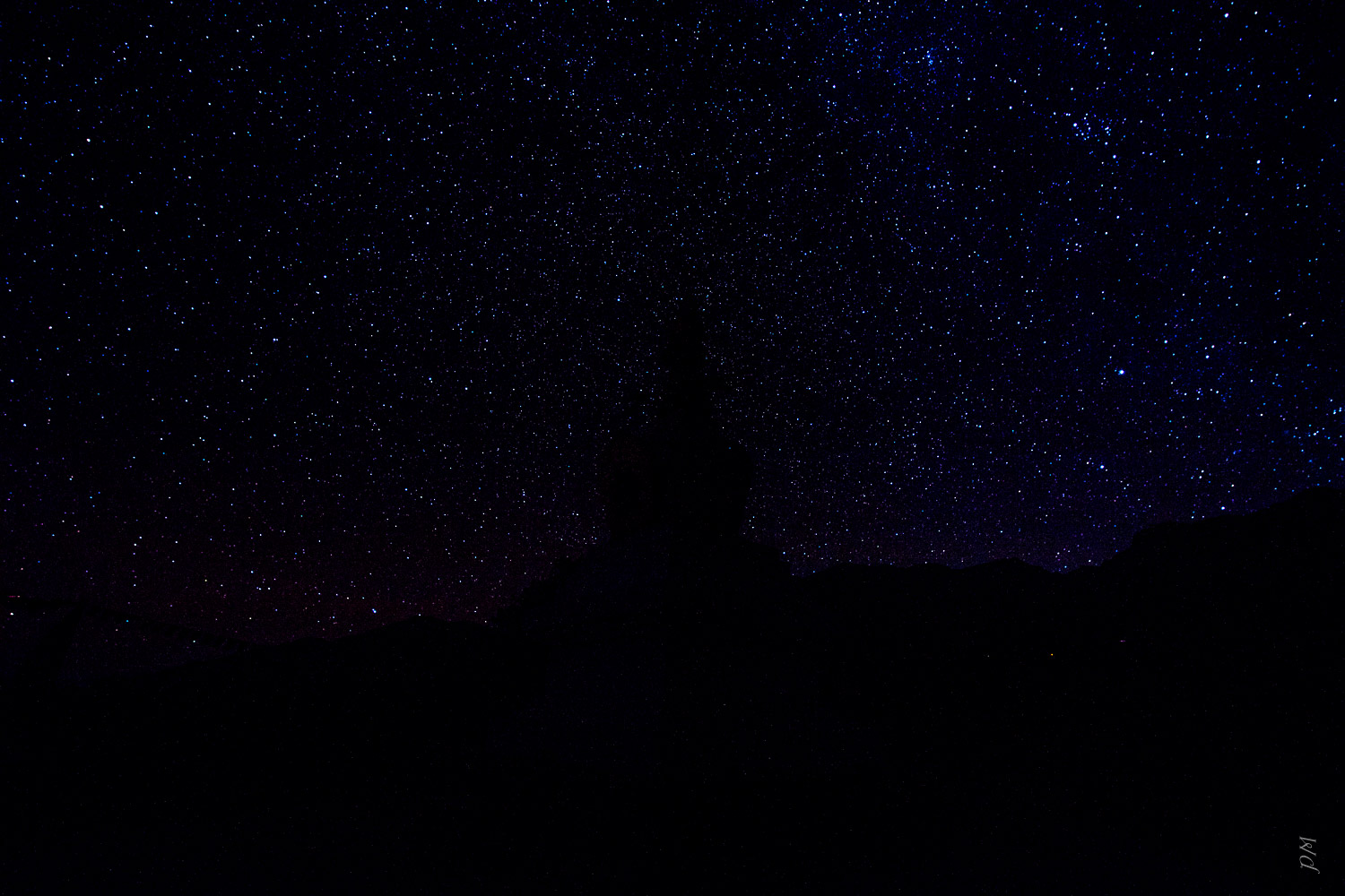 Single shot of just stars. Very bland by itself.
