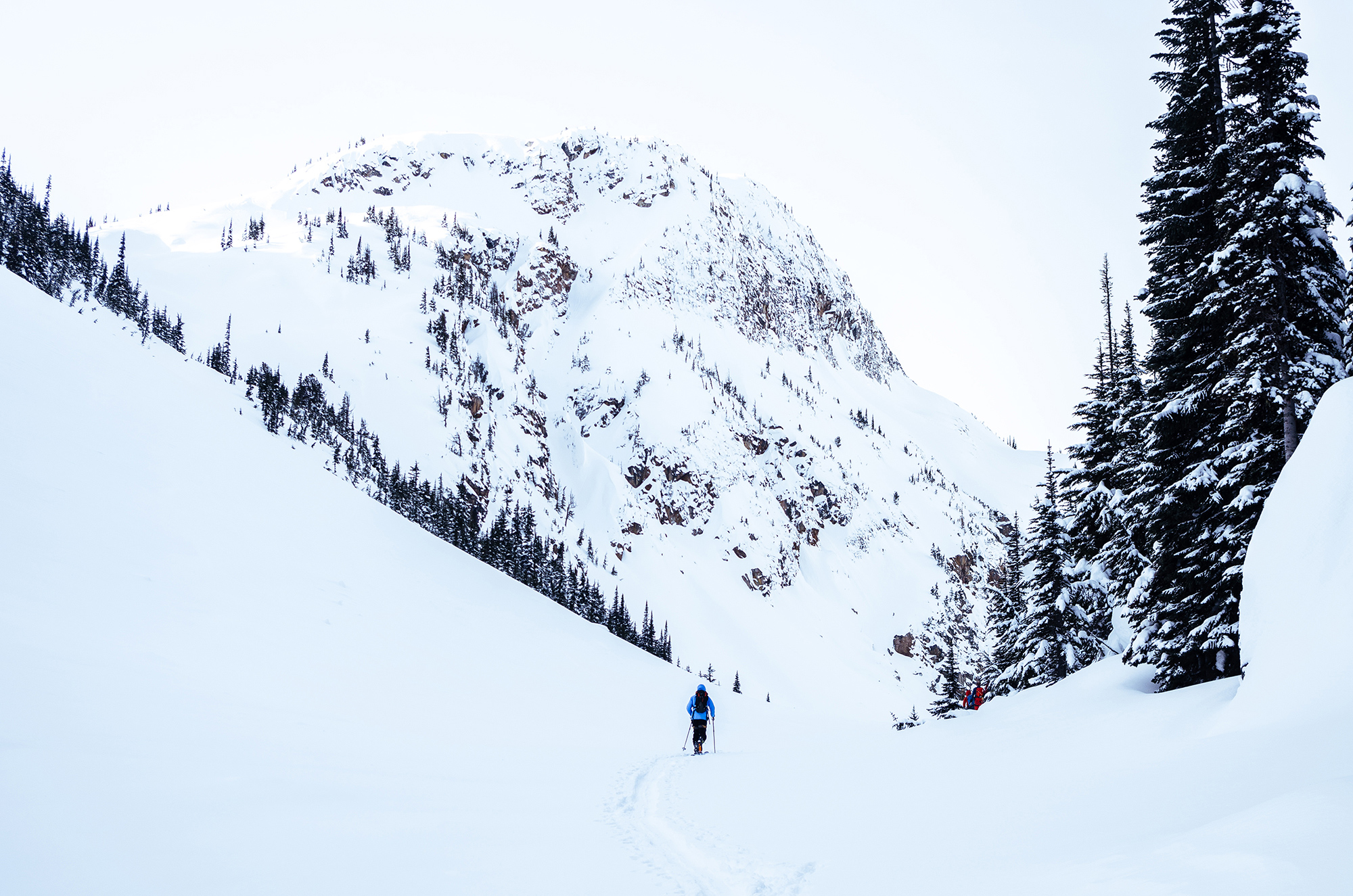 BC-Armchair-Glacier-05.jpg