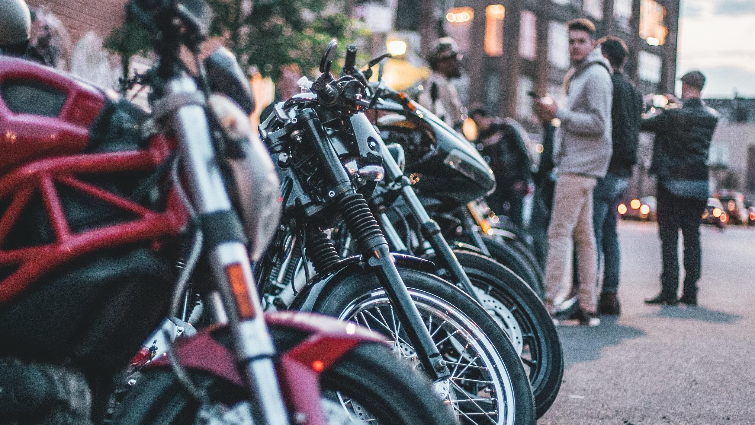 @lewis.tobias_#TheMotoSocialNEWYORK_June7,2018_Kávé Esspresso Bar (11 of 34).jpg