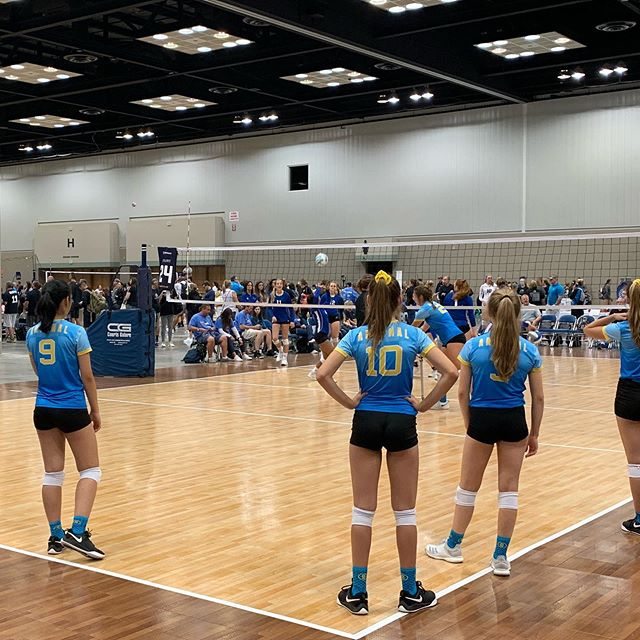 Here we go Indy. Going to be a casual day watching a LOT of EP family do what they do!! @dallasarsenalvbc 14Gold starting the day off.  #volleyball #gjnc