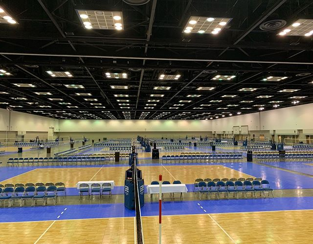The calm. No squeaks or whistles, just nearly 100 empty courts.  But the storm is where it's at. All that noise means something is on the line. Players hustling, diving on the floor, sacrificing everything for ONE point. Because each one matters. GJNC Day 2. Let's get it.  #gjnc #volleyball #clubvolleyball