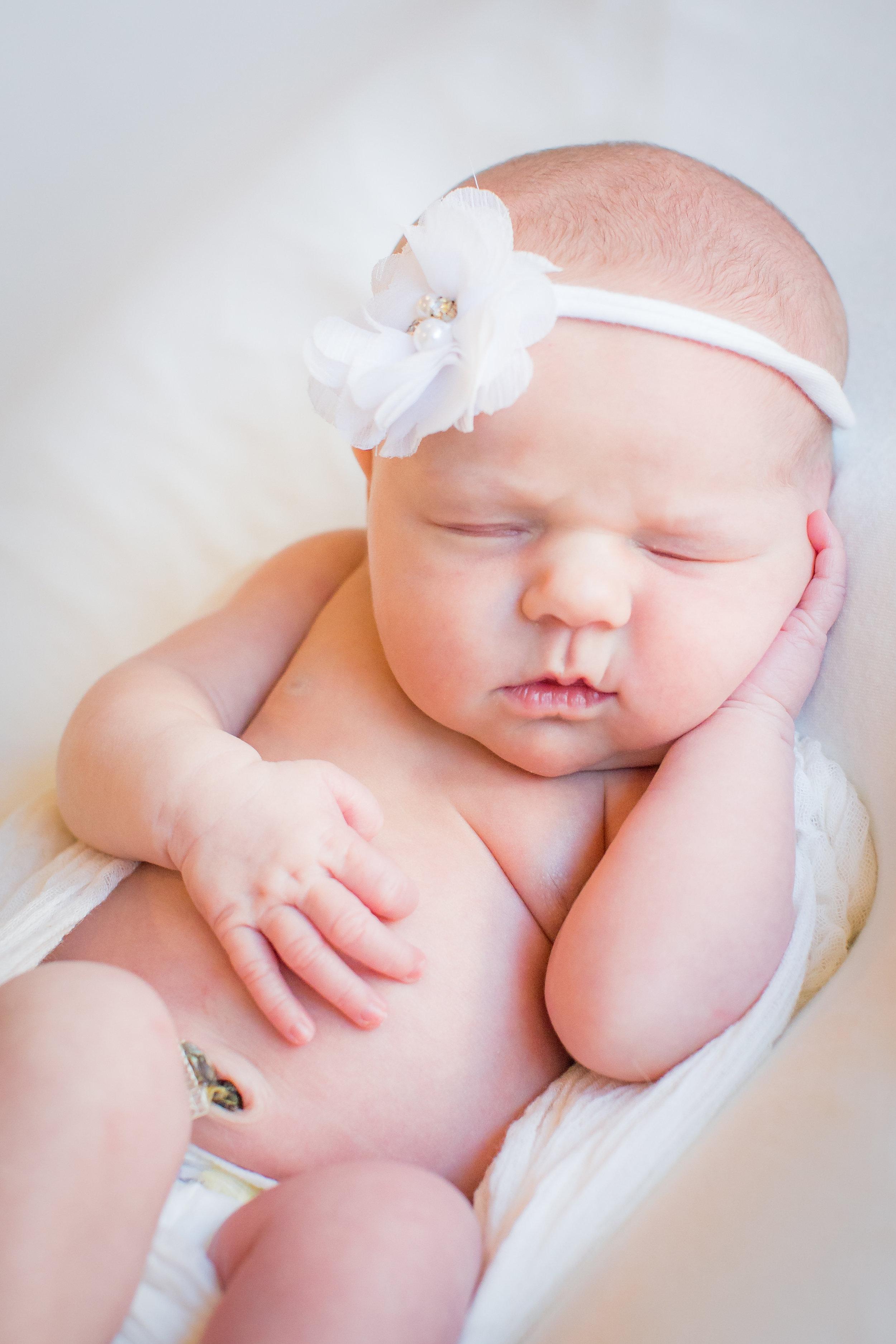 Moses Newborn-36.jpg