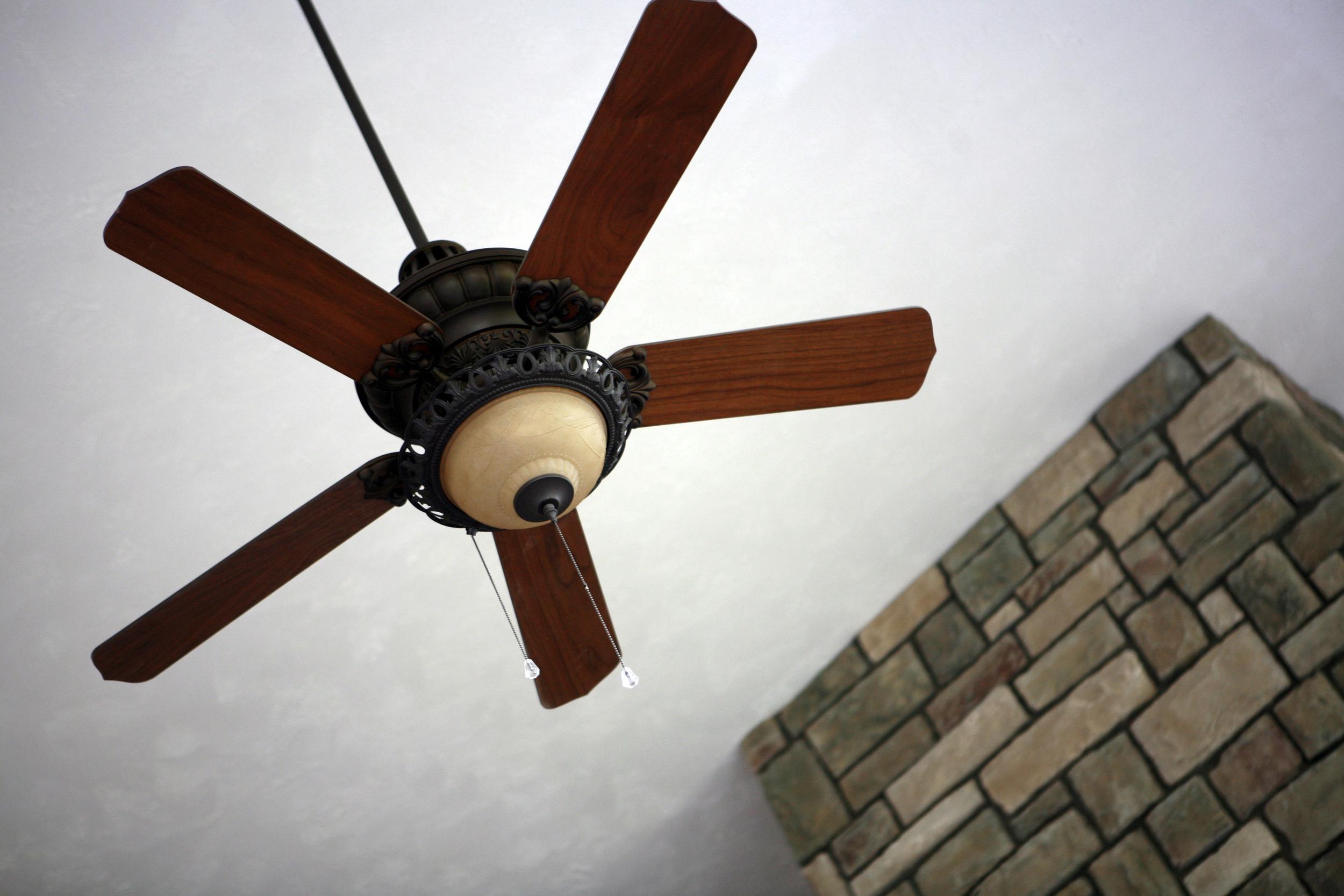 Lot 5 Ceiling Fan.jpg