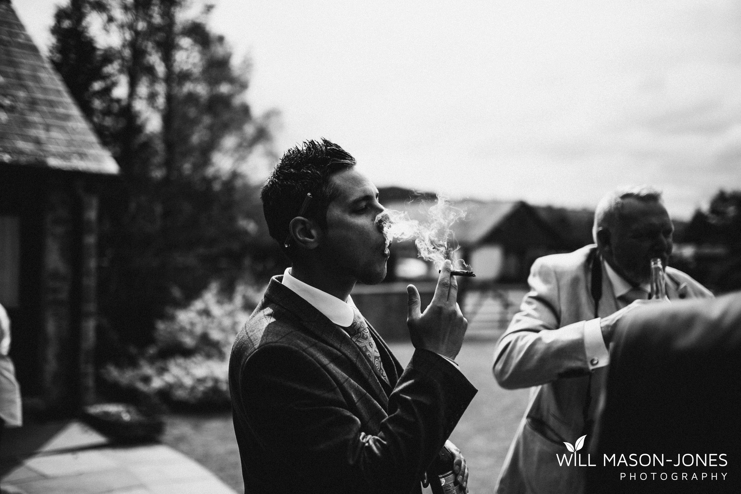barn-y-brynych-brecon-swansea-wedding-photographer-cardiff-19.jpg