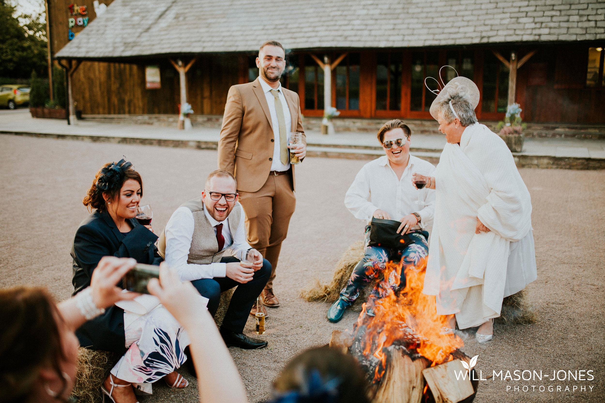 barn-y-brynych-brecon-swansea-wedding-photographer-cardiff-24.jpg