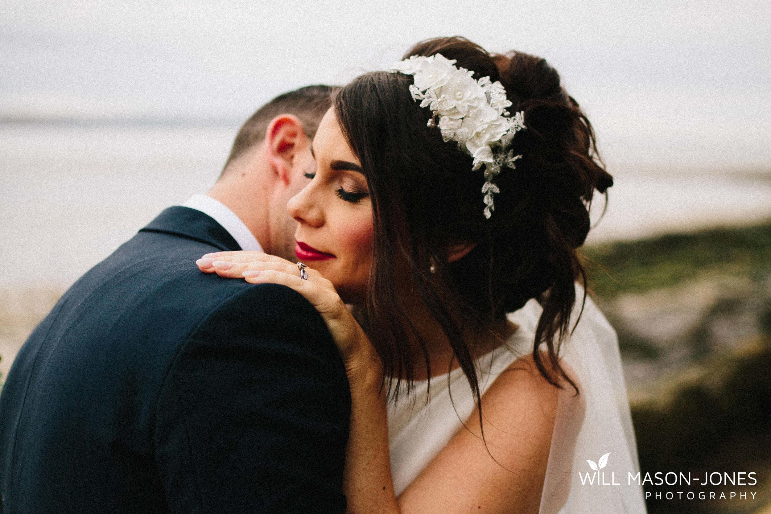 oxwich-bay-hotel-swansea-wedding-photographer-cardiff-30.jpg