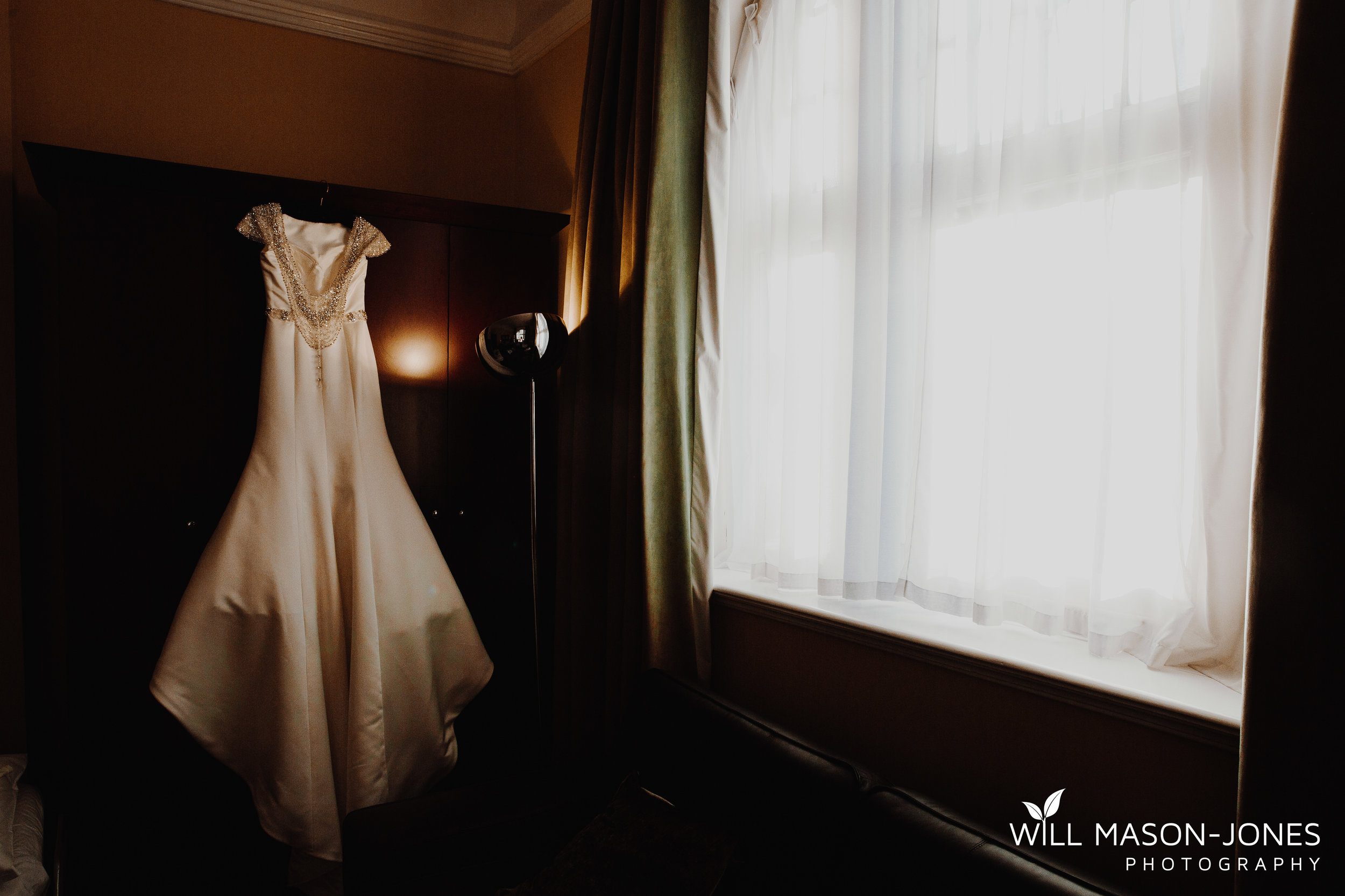 morgans hotel swansea wedding photographer