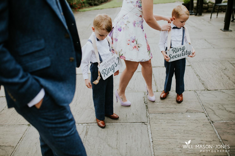 king-arthur-hotel-swansea-wedding-bridal-preparations-photographer-10.jpg