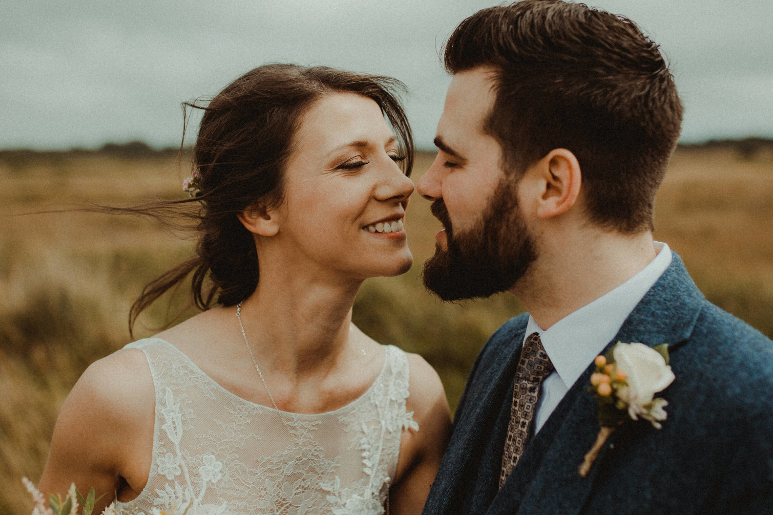 uk-elopement-adventurous-relaxed-photographer-wales