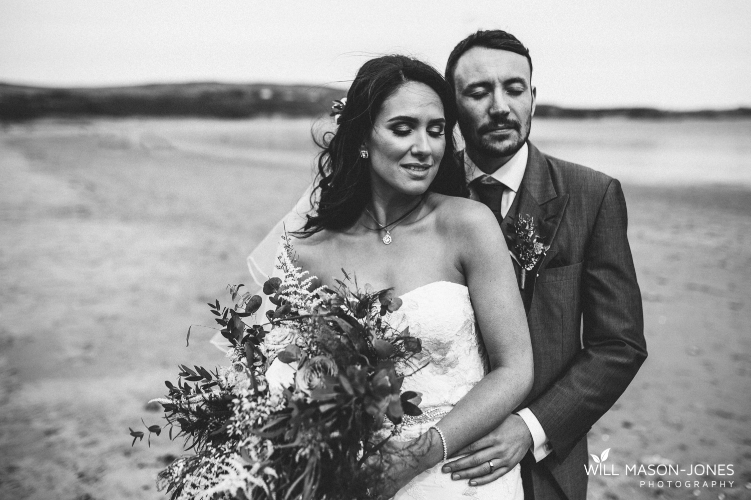 oxwich bay hotel swansea wedding photographs on the beach photography natural