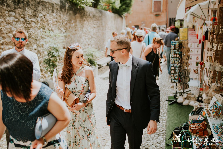 lake garda weddings guests at malcesine castle photographer