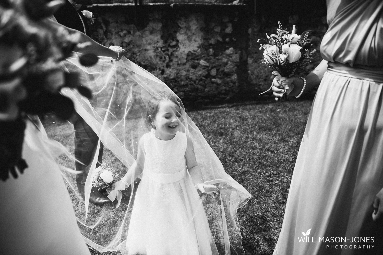 malcesine-castle-wedding-group-photography-4.jpg
