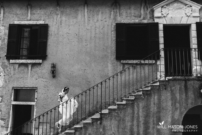lake garda weddings italy malcesine castle couple photographs