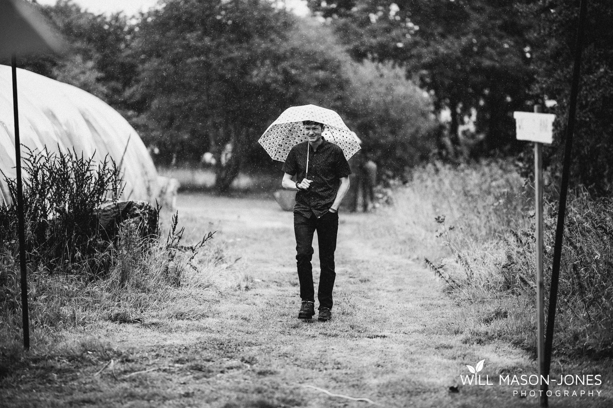 outdoor-wet-rainy-wedding-uk-swansea-photography-21.jpg