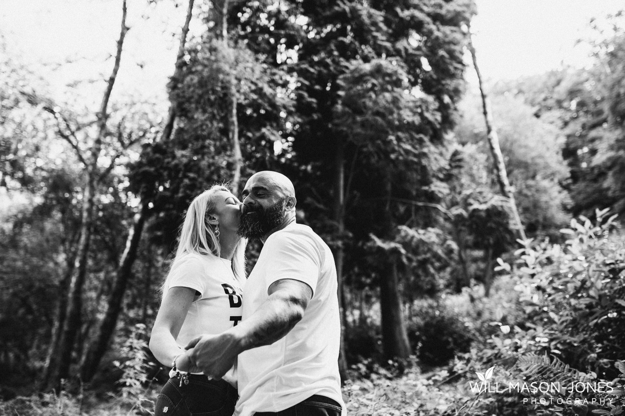penllegaer-woods-couple-engagement-photographer-swansea-45.jpg
