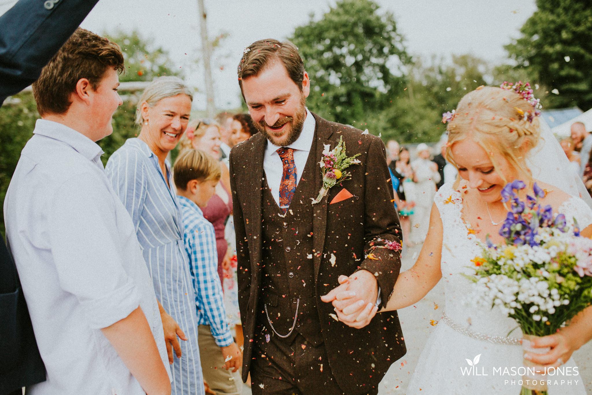 pen-y-banc-farm-tipi-wedding-carmarthen-outdoor-ceremony-photography