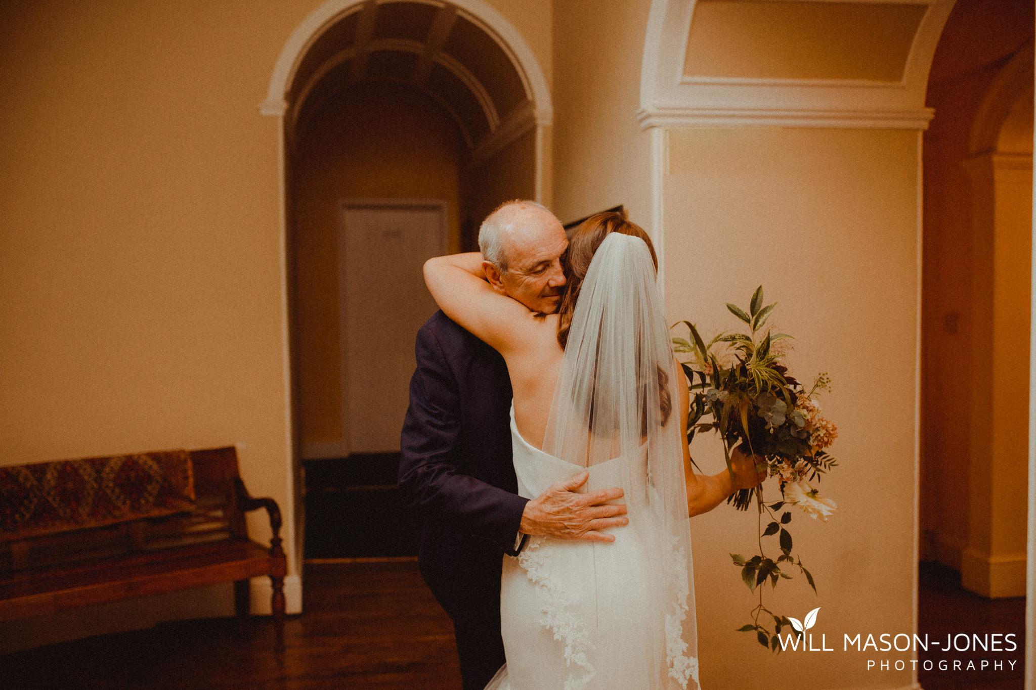 plas-glansevin-wet-rainy-bridal-wedding-preparations-swansea-photographers-18.jpg